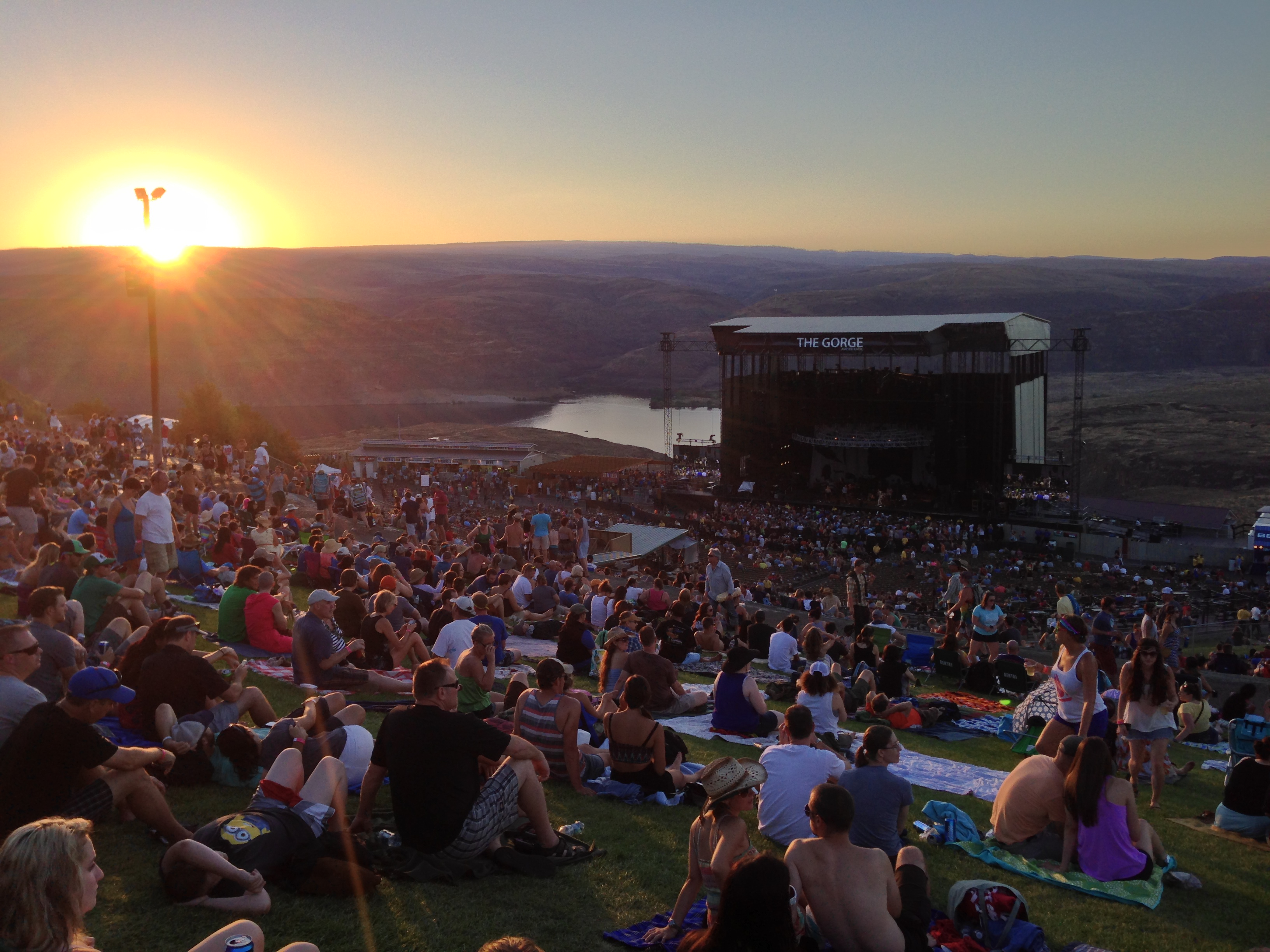 Dave Matthews Band at The Gorge | Travelin' Light